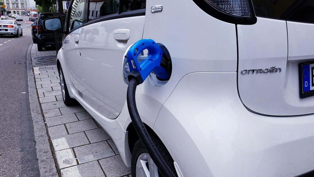 Electric Car Charging - Car Electrician Course