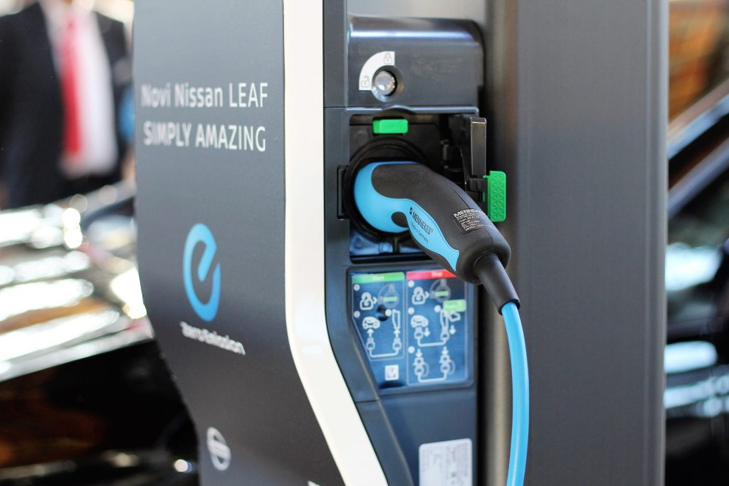 Nissan Leaf Electric Car - Insulated Tool Set